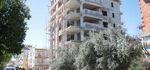 Antalya'da 6. kattan düşen demir ustası yaşamını yitirdi