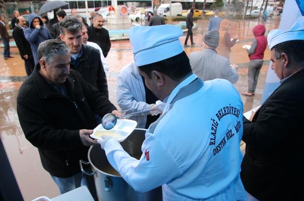 Elazığ'da, buğday çorbası ve üzüm hoşafı ikramı