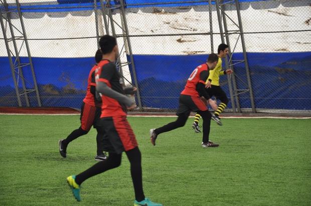 Kaymakamlık halı saha futbol turnuvası başladı