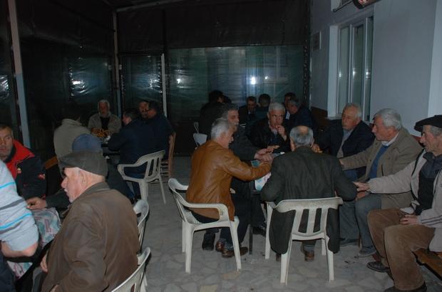 Ağaçköy halkı şehitler için imece yaptı