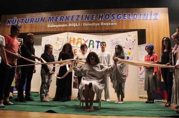 Skeç yarışmasında zirve Sakarya Cemil Meriç Lisesinin oldu