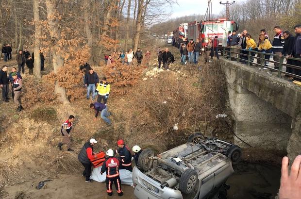 Dereye düşen otomobilin sürücüsü öldü
