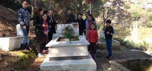 Koçarlı'da öğrenciler şehit ailesini ziyaret etti