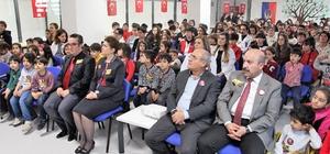 Elazığ'da öğrenciler Çanakkale Zaferi'ni kutladı