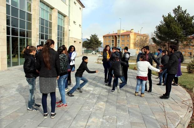Gençlik Merkezinden Türk Dünyası ve Türk Toplulukları Haftası kutlaması