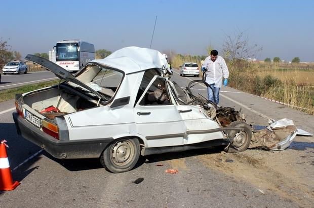 Manisa'da trafik kazası: 3 ölü, 2 yaralı