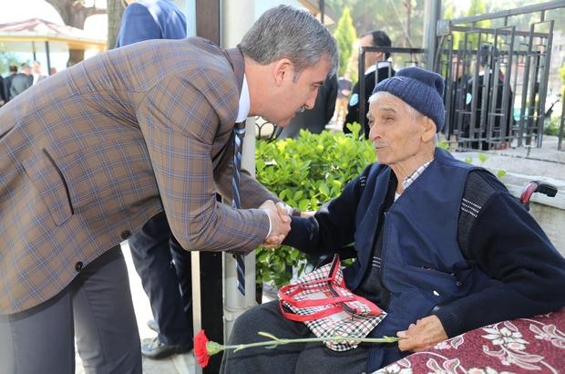 Başkan Şirin yaşlılarla bir araya geldi