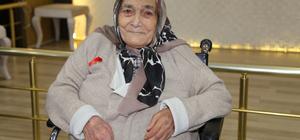 Selvi nineye 102. yaşında doğum günü partisi