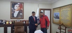 Başkan Yalçın'dan kick boks sporcularına destek