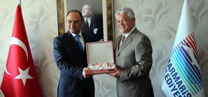 İsrail'in İstanbul Başkonsolosu Cohen turizmcilerle buluştu