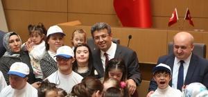 Başkan Karadeniz, down sendromlu çocuklarla biraraya geldi