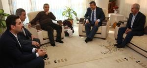 Başkan Karabacak, çocuklarına Ömer Halis ismini veren aileyi ziyaret etti