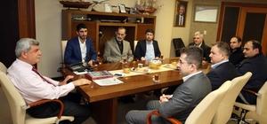 Başkan Karaosmanoğlu, Hayrat Vakfı'nı konuk etti