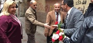 AK Parti Bağlar İlçe Başkanı Gezer çiçeklerle karşılandı
