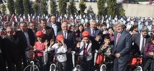 Körfez'de 3 bin 400 öğrenci ye bisikletlerine kavuşuyor
