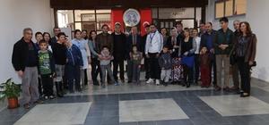Otizmli çocukların ailelerinden Başkan Özakcan'a teşekkür ziyareti