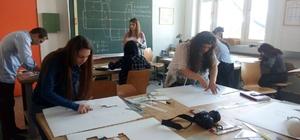 Öğrenciler staj için Viyana'ya gitti