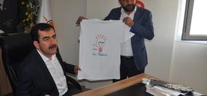 "öke AK Parti'den Erdem'e ""Söke Söke Evet"" tişörtü"