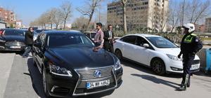 Ekonomi Bakanı Zeybekci'nin makam aracını değiştirmesi