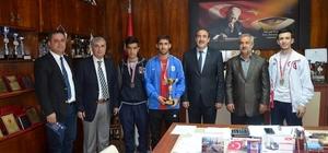 Kick-Boks Türkiye Şampiyonasında 3.ncü oldular