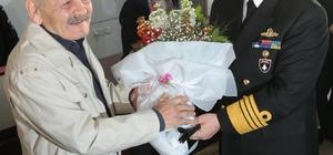 Donanma Komutanı Oramiral Kösele'den huzurevi ziyareti
