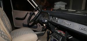 Çalıntı otomobille kaza yapan şüpheliler kaçtı