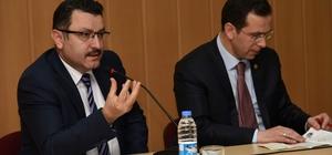 Başkan Genç 'Cumhurbaşkanlığı Hükümet Sistemi' panelinde konuştu