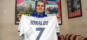 """""""Ronaldo çok takdir ettiğim bir evladım"""""""