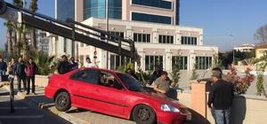 Muğla'da otomobil durağa girdi: 1 ölü, 2 yaralı