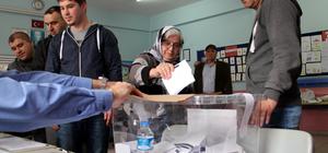 Bulgaristan'ın seçim uygulamalarına vatandaştan tepki