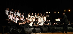 Mülteci çocuklardan 'barış' şarkıları
