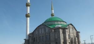 1071 Malazgirt Kümbet Camii dört yıldır bitirilemedi