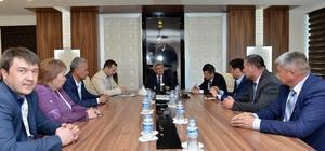 Kırgız başkanlar Muratpaşa'da