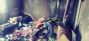 Tosya'da iki katlı ev tamamen yandı