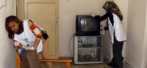 Mersin'de yaşlıların evi belediye ekiplerince temizleniyor