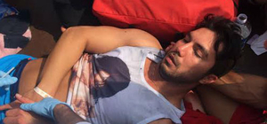 Tekneden denize atlayan İranlı turist yaralandı