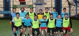 Akademi Lise'de 'omuz omuza' futbol turnuvası