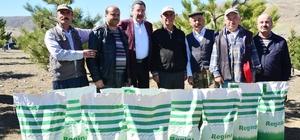 Başkan Gökçek Kalecik'te çiftçilerle buluştu
