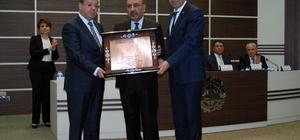 GTO'dan 21 yıl yönetim kurulu başkanlığı yapan Aslan'a Onur Ödülü