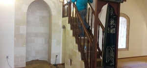 Hatay'da ibadethaneler temizleniyor