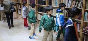 Öğrenciler kitaplarla buluştu