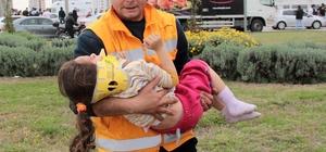 Hasta taşıyan ambulans otomobille çarpıştı: 4 yaralı