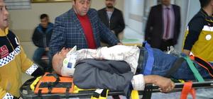 Aksaray'da iki otomobil çarpıştı: 10 yaralı