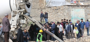 Hani'de taziye evinin temelini kadınlar attı