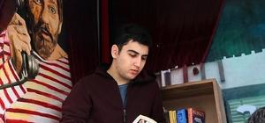 """Ataşehir """"Sokakta Kitap"""" uygulaması başlattı"""