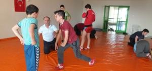 Burhaniyeli gençler ata sporuna yoğun ilgi gösterdi