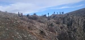 Ters lale toplarken kayalıklardan düşen kişiyi AFAD ekipleri kurtardı