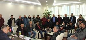 Yomralı balıkçılar Başkan Sağıroğlu'nu ziyaret ederek sahil dolgusuyla ilgili sorunlarını anlattılar