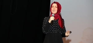 """Yazar Hatice Kübra Tongar: """"Çocuk eğitirken niyetinize dikkat edin"""""""