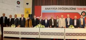 Konya'da belediye işçilerinin sözleşme sevinci